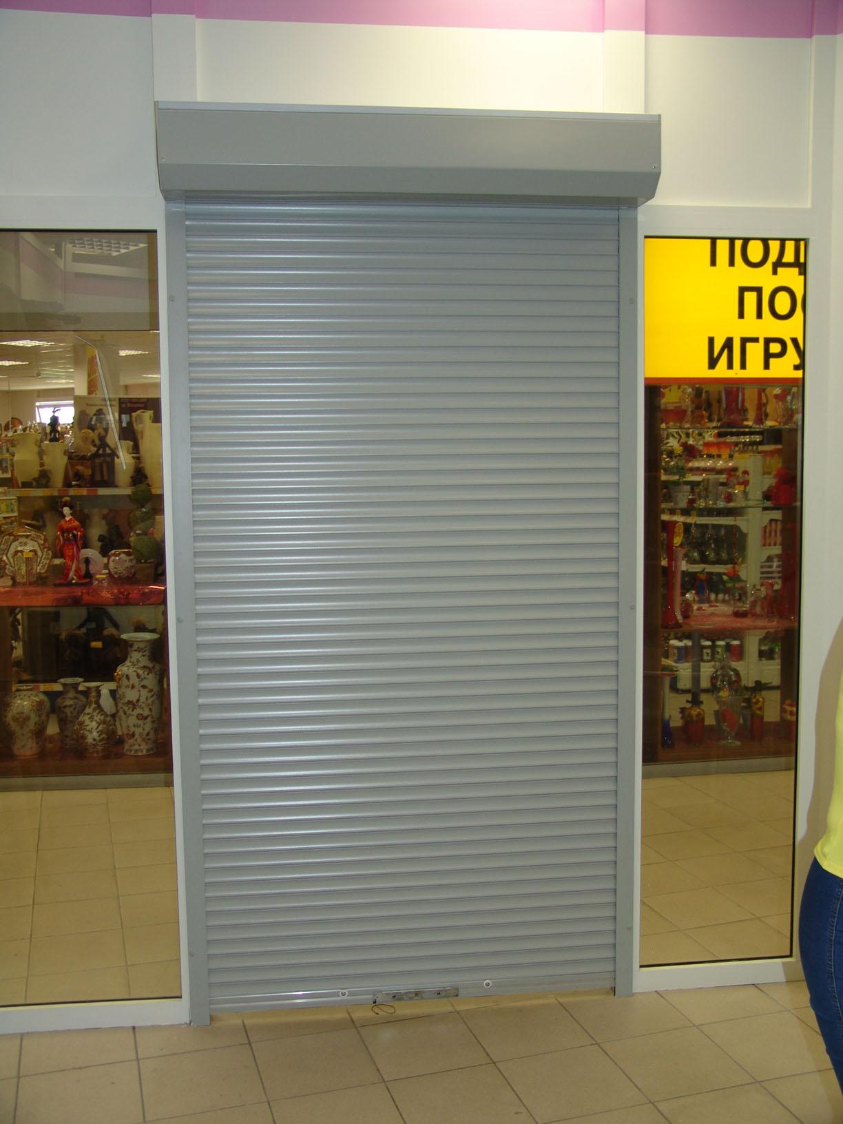 Двери рольставни для магазина