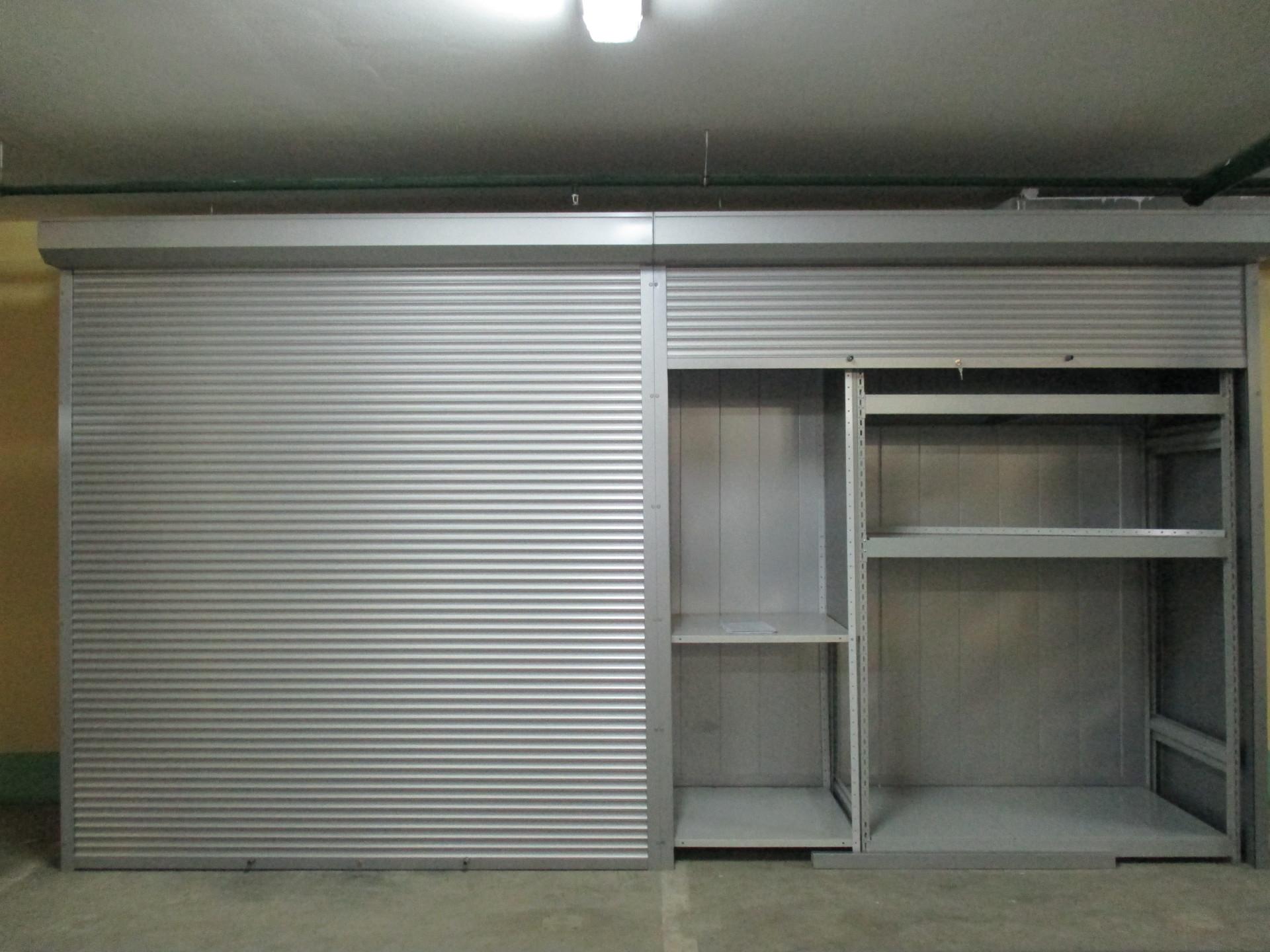Двери рольставни в шкаф