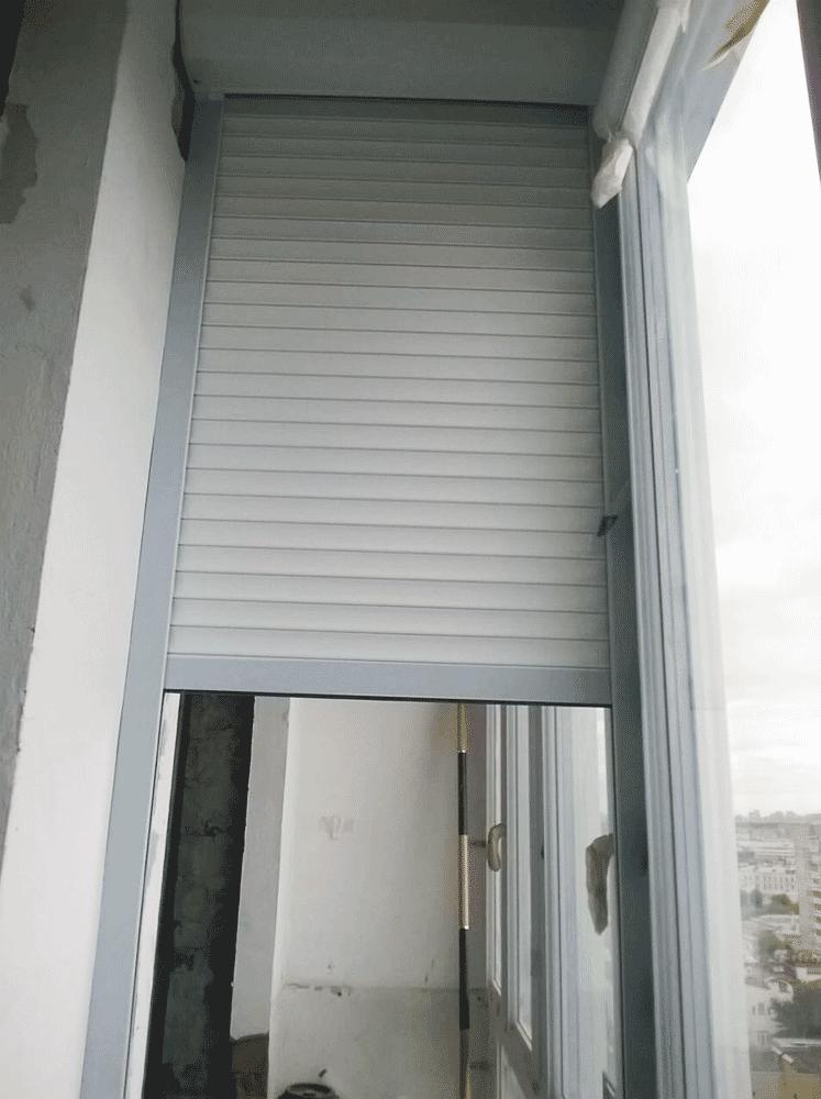 Двери рольставни на балкон